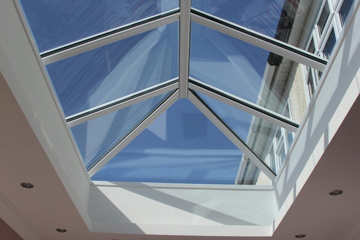 Aluminium Lantern Roof With Spotlights White Dartford